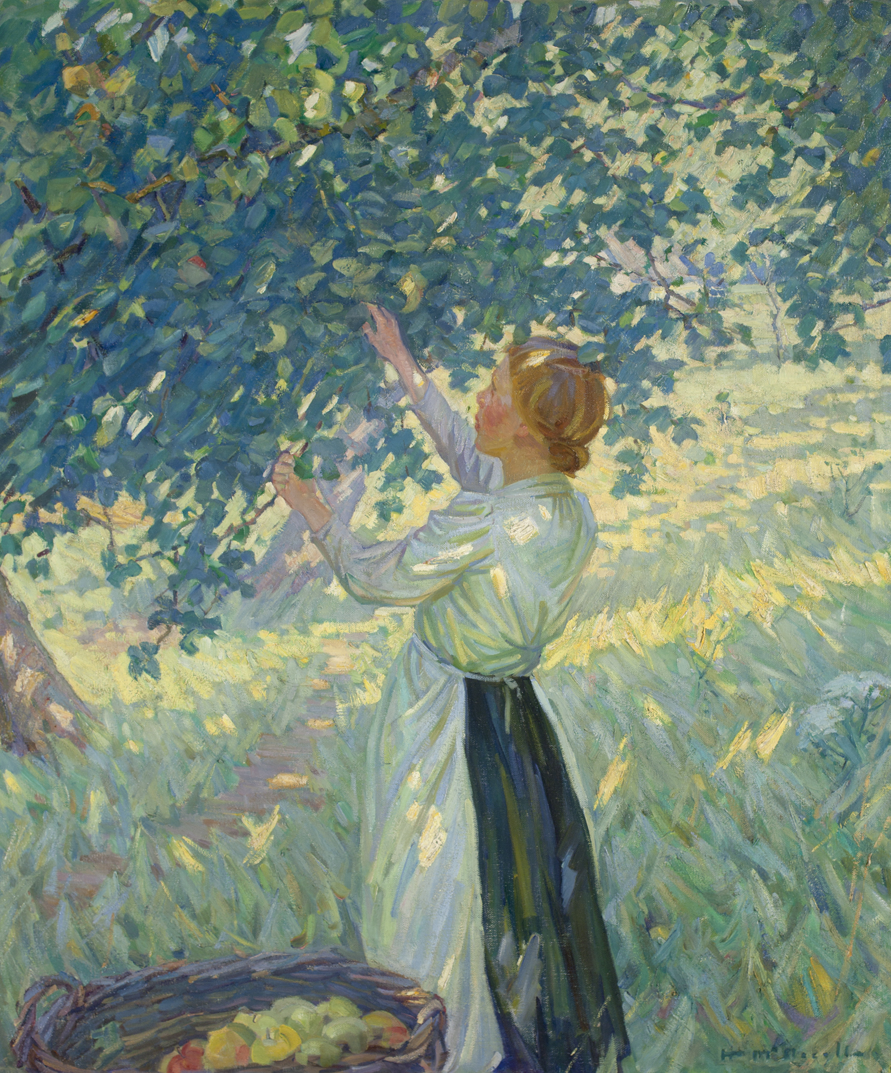 A woman seen in profile occupies the centre of the composition. Her arms are raised to pick apples from a tree whose foliage fills the upper area. The grass is dappled in yellow, green, blue and lilac.